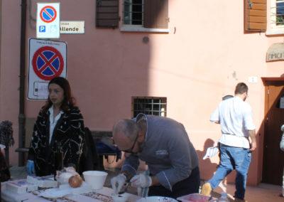 Apertura fossa © Fossa dell'Abbondanza - Piazza S. Allende, 13 - Roncofreddo (FC) - Italia